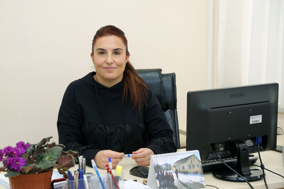 Emel Akbaş